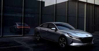 «Октавию» можно списать вутиль: Посвежевшая Hyundai Elantra 2021 восхитила россиян