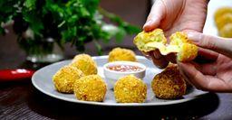 Картофельные фрикадельки с сырной начинкой. Готовятся в духовке