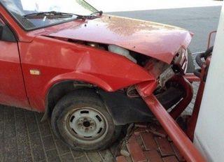 Подвыпивший водитель въехал в заправочную станцию в Тольятти