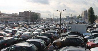 Продажи иномарок на рынке России упали на 16,5% за десять месяцев