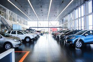 Фото: Пустующий салон Renault, источник: Renault «Евразия Моторс»