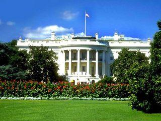Властям США дано право доступа к серверам всего мира