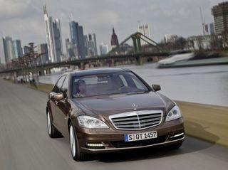 В России будут производить люксовые автомобили Mercedes