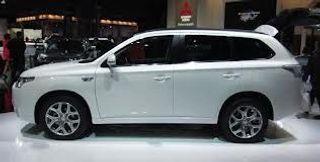 Новый Outlander PHEV от Mitsubishi уже в продаже на территории России
