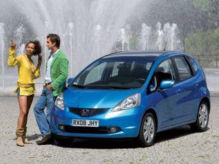 На европейских трассах проходит тесты Honda Jazz нового поколения