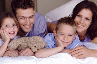 Ученые: Высокая зарплата у мужчины разрушает семью