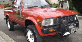На аукцион eBay выставлен пикап Toyota SR5 1983 года