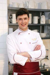Епишев прославился ролью Лёвы в сериале «Кухня». Источник фото: https://zen.yandex.ru