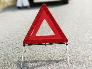 В Стерлитамаке водитель внедорожник насмерть разбился об электороопору