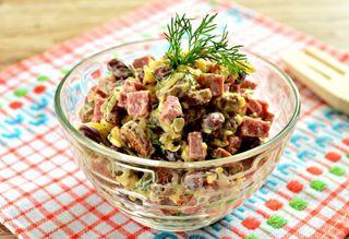 Готовый салат на скорую руку\Источник: porosenki.ru