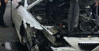 В Краснодаре вспыхнула машина после столкновения с автобусом