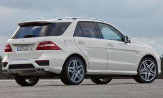 В России появились новые комплектации Mercedes M-Class