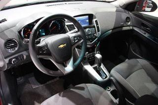 General Motors рассекретил внутренний дизайн нового Chevrolet Cruze