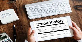 Карты для клиентов с плохой кредитной историей