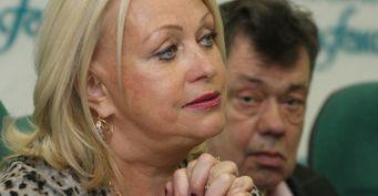 «Ещё одна Светличная»: Фанаты обсмеяли пиар престарелой вдовы Николая Караченцова на женихах-миллионерах
