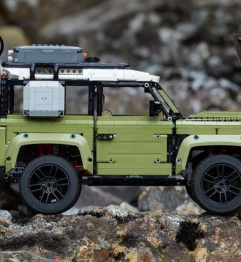 Перешли накуртки илопаты: Дилеры Land Rover начали активно торговать вещами