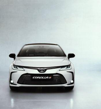 «В Весте в разы больше спорта»: Модификацию седана Toyota Corolla GR Sport обсудили автомобилисты