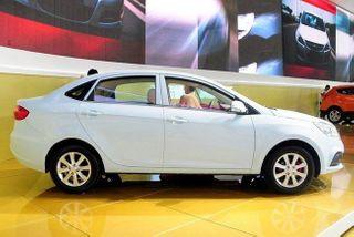 В 2015 году концерн JAC привезет в Россию седан J4
