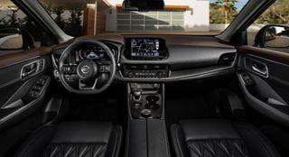 Фото: салон Nissan X-Trail 2021, который приписывают новому Outlander