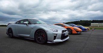 Top Gear сравнил Nissan GT-R, McLaren 570S, Porsche 911 и Audi R8 в дрэге