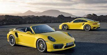 В Украине увеличился спрос на автомобили Porsche и Lexus