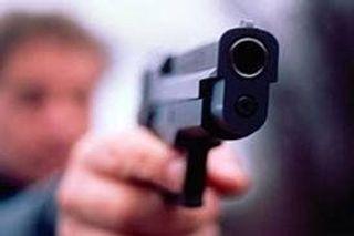 В Архангельске водитель автомобиля выстрелил в пешехода