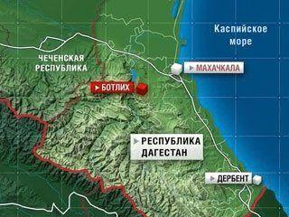 В Дагестане в ущелье упал пассажирский микроавтобус