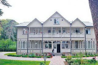 Летний дом для Гарика Мартиросяна иего семьи / Фото: zen.yandex.ru