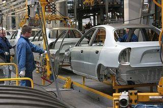 В России производство легкового автотранспорта снизилось на 1,4%