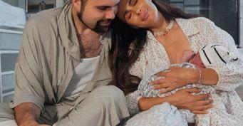 «Бог благословляет меня»: Александра Зверева рассказала о домашних родах