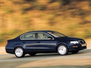 Модернизированный Volkswagen Passat станет более стильным