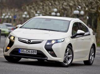 Автопредприятие Opel прекратит выпуск электрокаров Ampera