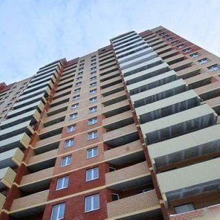 В Бресте подросток выпал из окна четвертого этажа