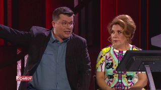 Марина Федункив на сцене Comedy Club с Гариком Харламовым Фото: Rutube