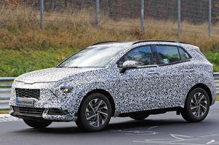 Замеченный надорожных тестах KIA Spotage 5-го поколения, источник: Autocar