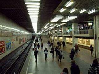 На станции киевского метро «Позняки» умер мужчина 60 лет
