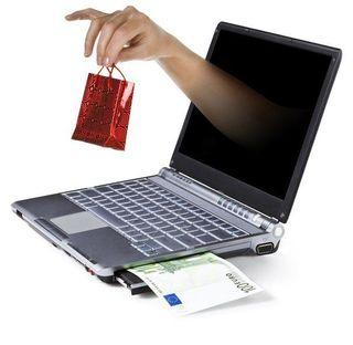 Россияне большую часть товаров покупают в отечественных интернет-магазинах