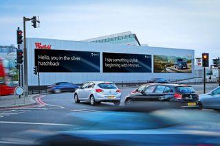 В Renault разработали новый вид рекламы