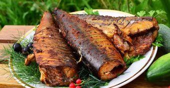 Закоптить в казане: Простой способ приготовить рыбу без специальной коптильни