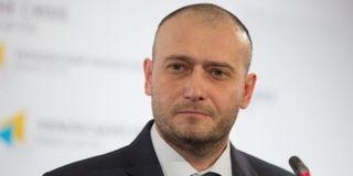 «Правый сектор» передал ГАИ автомобиль из автопарка Януковича