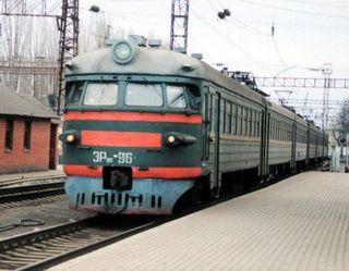 В Москве работник ж/д погиб под колёсами поезда