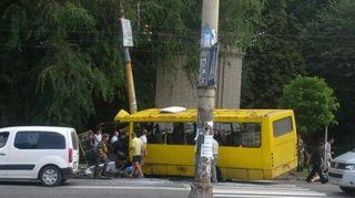 В Миассе водитель маршрутки погиб за рулем