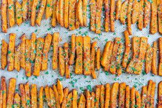 Румяная тыква фри в духовке | Фото: cleanfoodcrush.com
