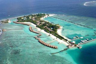Россиянам советуют не посещать Мальдивы