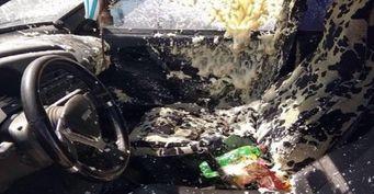 В машине ростовчанина от жары взорвался баллон с монтажной пеной