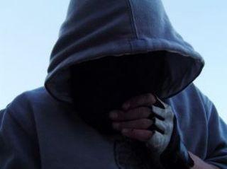 В Екатеринбурге мужчина хотел ограбить ломбард при помощи самодельного огнемета
