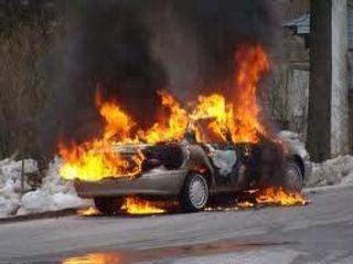 В Краматорске на фугасе подорвался автомобиль, есть жертвы