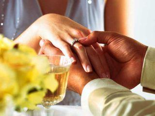 Исследование показало, о каком предложении руки и сердца мечтают дамы