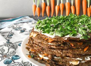 Готовый печеночный тортик; Фото: cookingbyanna.top