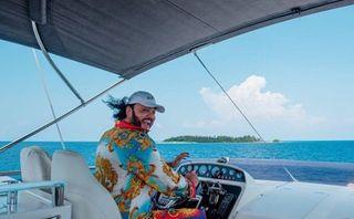 Филипп Киркоров сдрайвом проводит отпуск. Источник: business-notes.ru